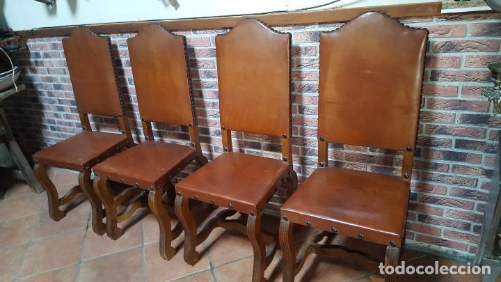 CONJUNTO DE 8 SILLAS DE CUERO LEGÍTIMO Y MADERA DE CASTAÑO (Antigüedades - Muebles Antiguos - Sillas Antiguas)