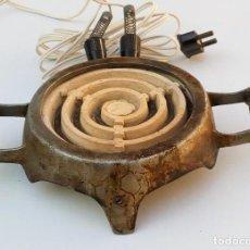 Antigüedades: ANTIGUO HORNILLO ELÉCTRICO DE METAL Y CERÁMICA. Lote 111595539