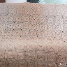 Antigüedades: COLCHA DE GANCHILLO PARA CAMA DE 90.. Lote 111603735