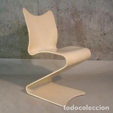 Antigüedades: CLÁSICO DEL DISENO. MUY RARO. SILLA PANTON NO. 275 S DE MADERA DE VERNER PANTON. 1965 (BRD). Lote 111614495