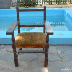 Antigüedades: SILLÓN DE MADERA. Lote 111620235
