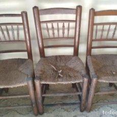 Antigüedades: LOTE DE 3 SILLAS ANTIGUAS DE MADERA Y ANEA O ENEA, SIGLO XIX. Lote 111732483