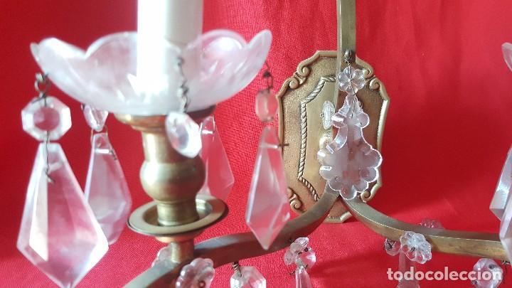 Antigüedades: Pareja de apliques en bronce y cristal, preciosos. - Foto 3 - 111758147