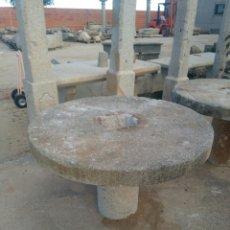Antigüedades: MESA DE PIEDRA DE GRANITO HECHA CON RUEDA DE MOLINO. Lote 111773390