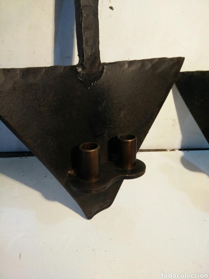 Antigüedades: Par de apliques de reja en forja - Foto 2 - 111797687