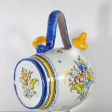 Antigüedades: BOTIJO DE TALAVERA FORMA DE BARRIL - FIRMADO EL ALFAR. Lote 111812595