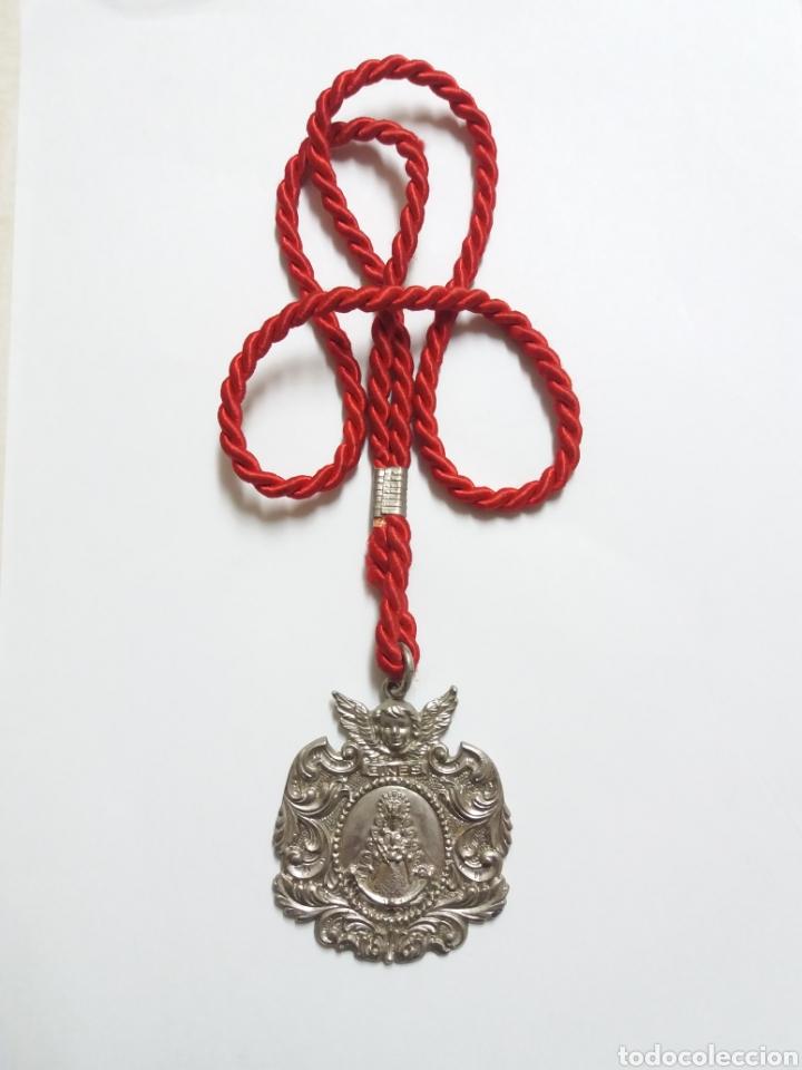 Antigüedades: MEDALLA HERMANDAD DEL ROCIO DE GINES, SEVILLA - Foto 3 - 111849935