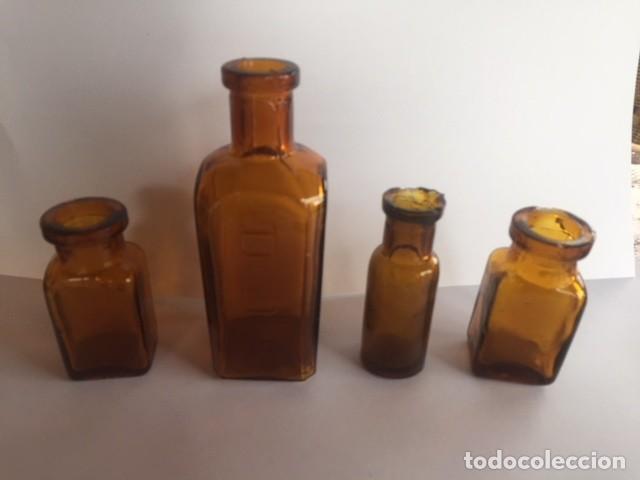 Antigüedades: Conjunto antiguas pequeñas botellas farmacia color ambar - Foto 2 - 111882387