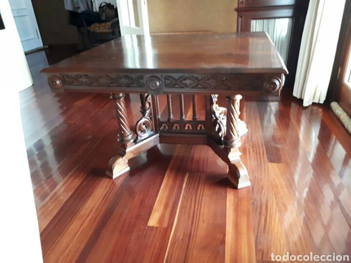 antigua mesa de nogal de comedor cuadrada - Comprar Mesas Antiguas ...