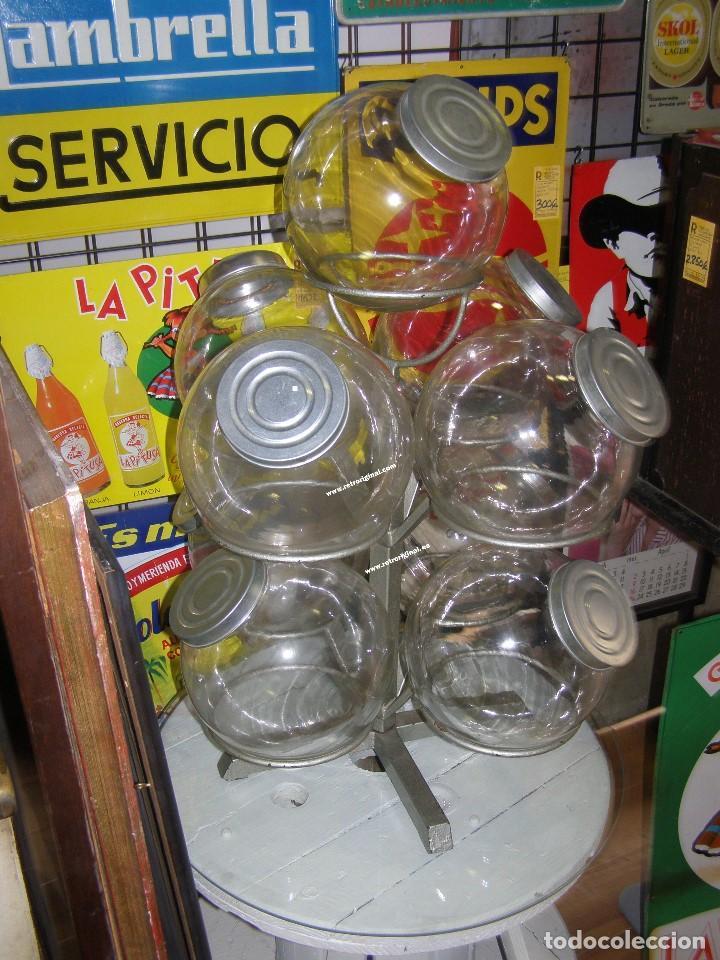 Antigüedades: Caramelera de 9 tarros de cristal. Base giratoria. Mostrador de ultramarinos pastelería, Muy rara - Foto 3 - 112025487