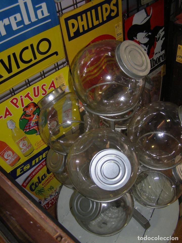 Antigüedades: Caramelera de 9 tarros de cristal. Base giratoria. Mostrador de ultramarinos pastelería, Muy rara - Foto 8 - 112025487