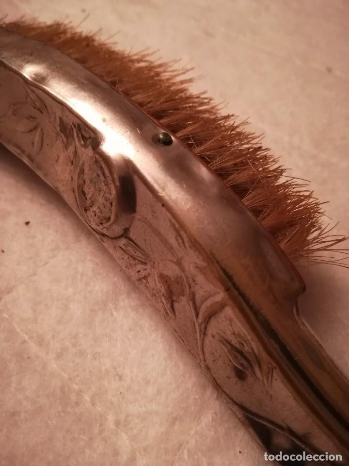 Antigüedades: antiguo cepillo para limpiar zapatos - Foto 5 - 112068267