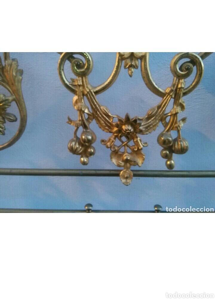 Antigüedades: Cabecero dorado isabelino de 150 - Foto 5 - 112091752