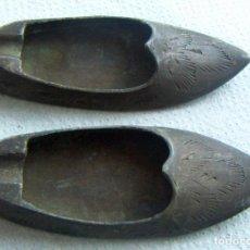 Antigüedades: 2 CENICEROS DE BRONCE PEQUEÑOS. Lote 112119879