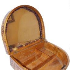 Antigüedades: CAJA COSTURERO ANTIGUO MODERNISTA AÑOS 20 MOTIVOS VALENCIANOS. Lote 112129831