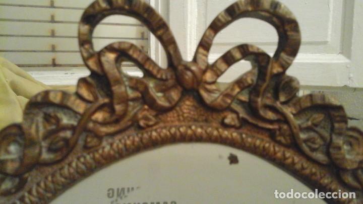 Antigüedades: Espejo de bronce con cristal biselado . Años 50 . - Foto 4 - 112176083