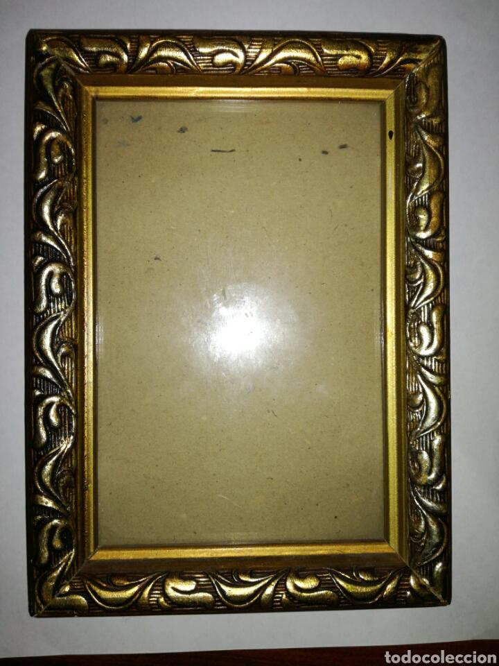 pequeño marco de madera y estuco dorado - Comprar Marcos Antiguos de ...