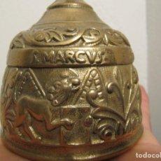 Antigüedades: ANTIGUA CAMPANA - DE BRONCE - CON LOS NOMBRES DE 4 APÓSTOLES - LUCAS,JOHANNES,MATHEVS,MARCVS. Lote 112285883