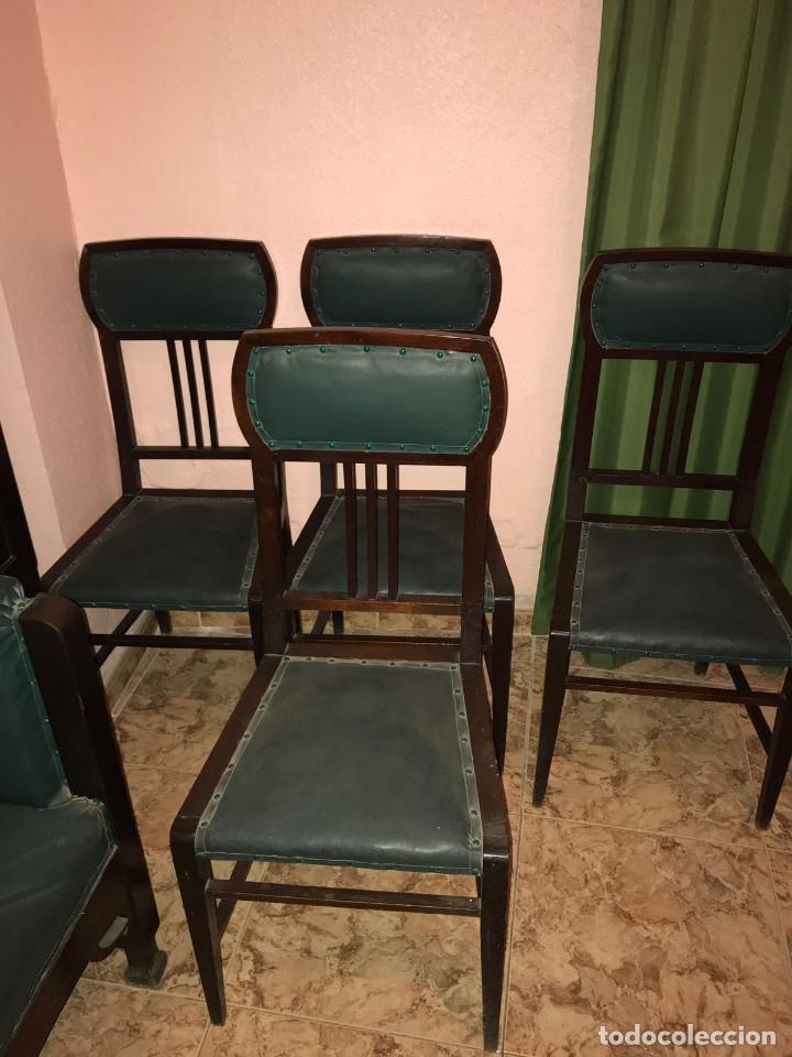Antigüedades: Despacho clásico de caoba con mesa, sillón, dos vitrinas y cuatro sillas. - Foto 5 - 112328591