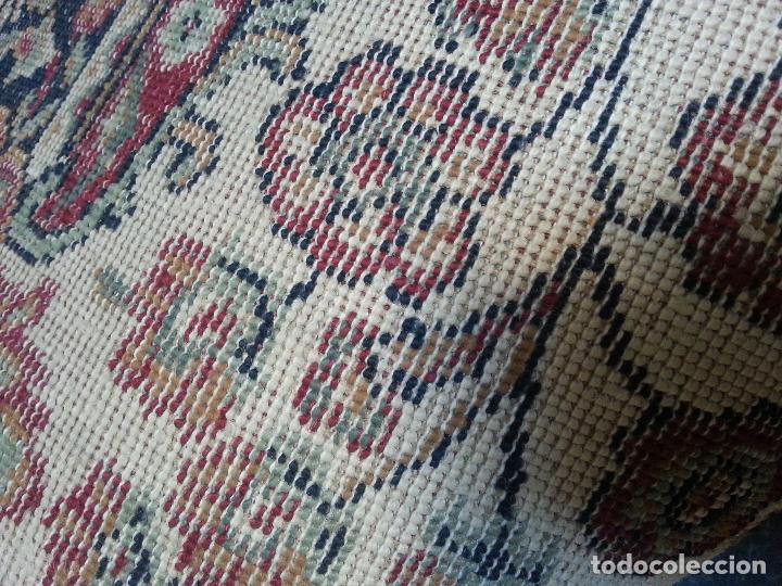 Antigüedades: gran alfombra imperial - 240x172 cm + flecos - lana tejida a mano para cultos de virgen semana santa - Foto 3 - 112331007