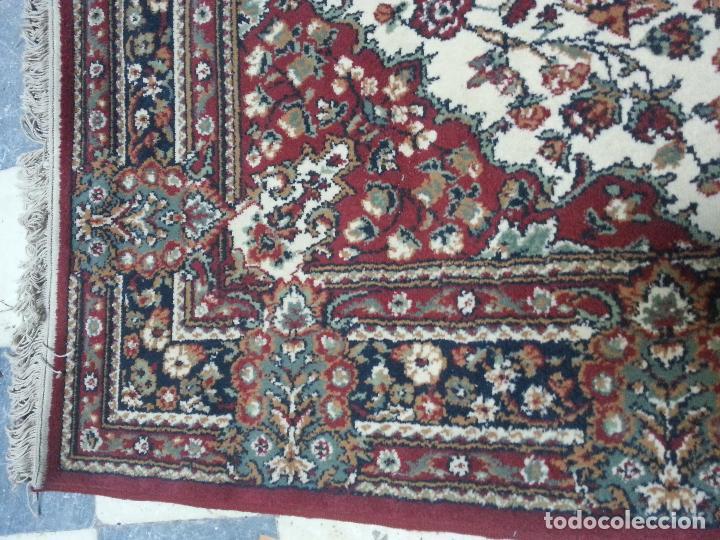 Antigüedades: gran alfombra imperial - 240x172 cm + flecos - lana tejida a mano para cultos de virgen semana santa - Foto 9 - 112331007