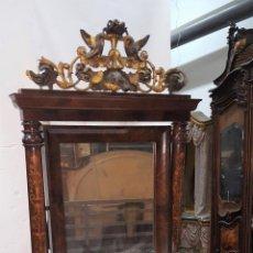 Antigüedades: CONJUNTO DE CONSOLA Y ESPEJO ESTILO FERNANDINA. CAOBA CON LIMONCILLO. ESPAÑA. SIGLO XIX.. Lote 112335067