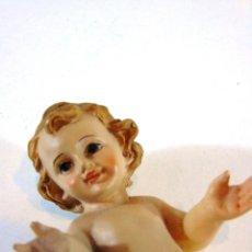 Antigüedades: NIÑO JESUS ITALIANO REALIZADO EN RESINA. Lote 112342143