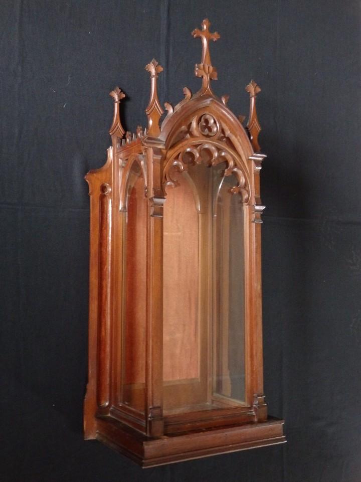 Antigüedades: Hornacina o capilla de estilo neogótico en madera. 93 cm. Hacia 1900. - Foto 2 - 117782198