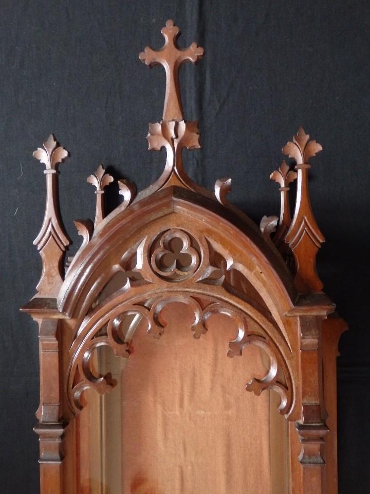 Antigüedades: Hornacina o capilla de estilo neogótico en madera. 93 cm. Hacia 1900. - Foto 5 - 117782198