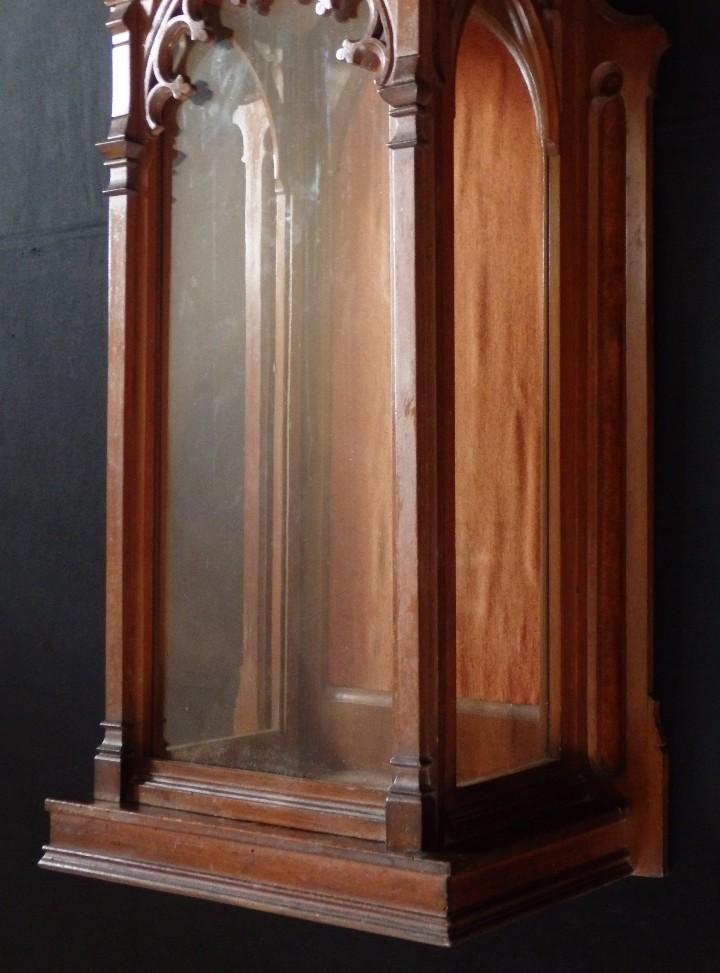 Antigüedades: Hornacina o capilla de estilo neogótico en madera. 93 cm. Hacia 1900. - Foto 8 - 117782198