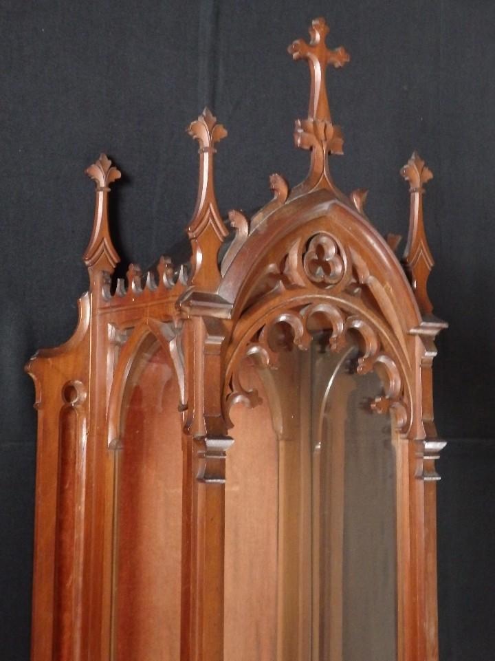 Antigüedades: Hornacina o capilla de estilo neogótico en madera. 93 cm. Hacia 1900. - Foto 9 - 117782198