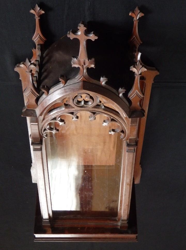 Antigüedades: Hornacina o capilla de estilo neogótico en madera. 93 cm. Hacia 1900. - Foto 12 - 117782198