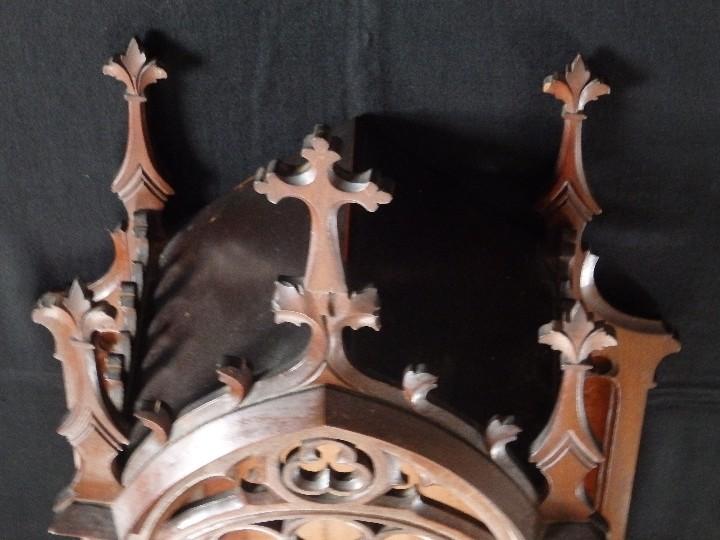 Antigüedades: Hornacina o capilla de estilo neogótico en madera. 93 cm. Hacia 1900. - Foto 13 - 117782198