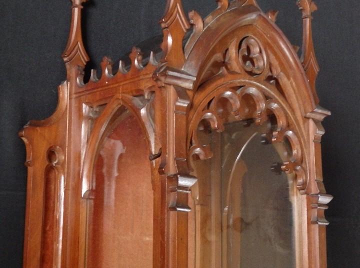 Antigüedades: Hornacina o capilla de estilo neogótico en madera. 93 cm. Hacia 1900. - Foto 17 - 117782198