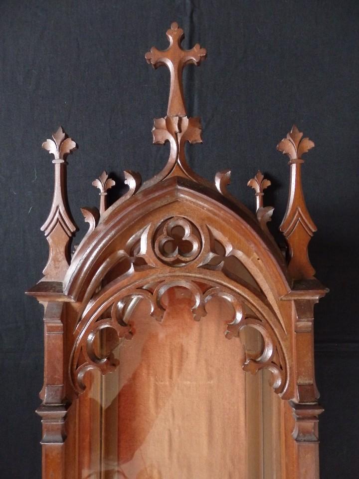 Antigüedades: Hornacina o capilla de estilo neogótico en madera. 93 cm. Hacia 1900. - Foto 18 - 117782198
