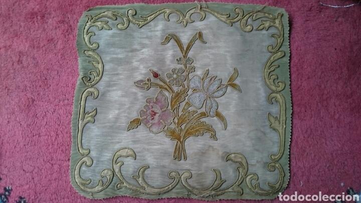 Antigüedades: Tapicería Sillas Siglo XVIII - Foto 2 - 112430798