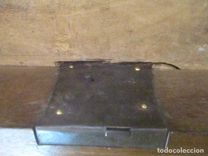 Antigüedades: Antigua Cómoda Catalana - Barroca - Bombeada - Madera Nogal - Marquetería - S. XVIII - Foto 13 - 112483855