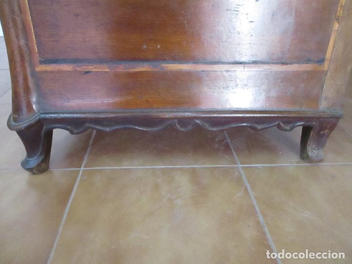 Antigüedades: Antigua Cómoda Catalana - Barroca - Bombeada - Madera Nogal - Marquetería - S. XVIII - Foto 29 - 112483855