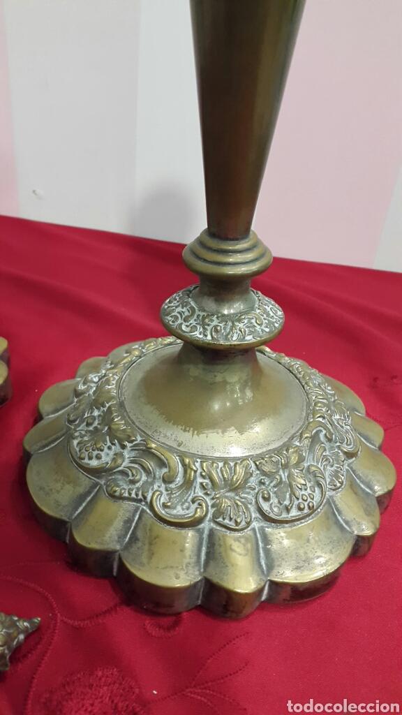 Antigüedades: ANTIGUOS CANDELABROS DE IGLESIA ALTAR - Foto 3 - 112546852
