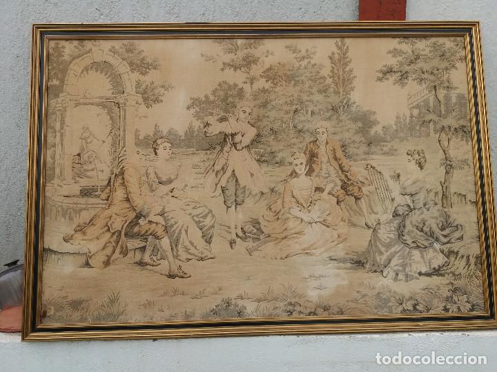 TAPIZ ANTIGUO Y GRANDE (Antigüedades - Hogar y Decoración - Tapices Antiguos)