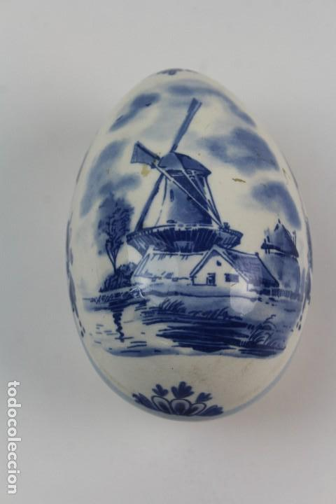 CAJA DE PORCELANA HOLANDESA. MARCADA EN LA BASE. ELESVA. SIGLO XX. (Antigüedades - Porcelana y Cerámica - Holandesa - Delft)