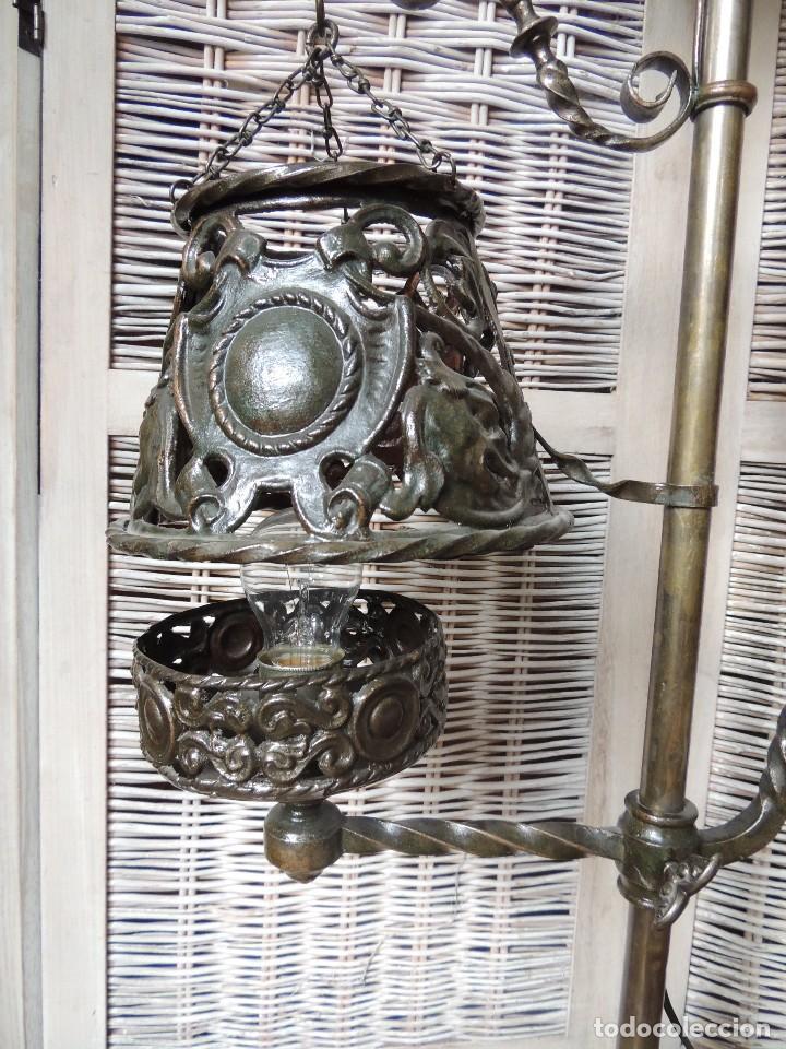 Antigüedades: LAMPARA DE HIERRO DE SUELO RENACIMIENTO - Foto 6 - 112709787