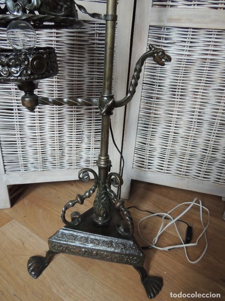 Antigüedades: LAMPARA DE HIERRO DE SUELO RENACIMIENTO - Foto 7 - 112709787