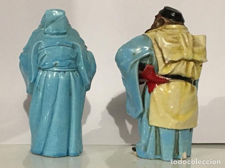 Antigüedades: ANTIGUA FIGURA DE CHINO - LOTE DE DOS FIGURAS - DIOS CHINO - CERAMICA DE ALGORA - Foto 2 - 158151220