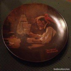 Antigüedades: PLATO DE PORCELANA KNOWLES BRADFORD THE SHIP BUILDER HERITAGE, NORMAN ROCKWELL,EDICION LIMITADA 1980. Lote 112761451