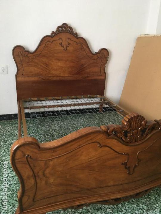 Antigüedades: CAMA DE MATRIMONIO DE LOS AÑOS 50-60 - MUCHA ORNAMENTACIÓN - Foto 4 - 112799895