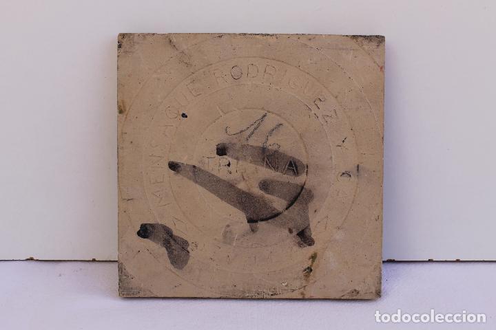 Antigüedades: 9 AZULEJOS DE MENSAQUE RODRIGUEZ FINALES SIGLO XIX - Foto 14 - 112806583