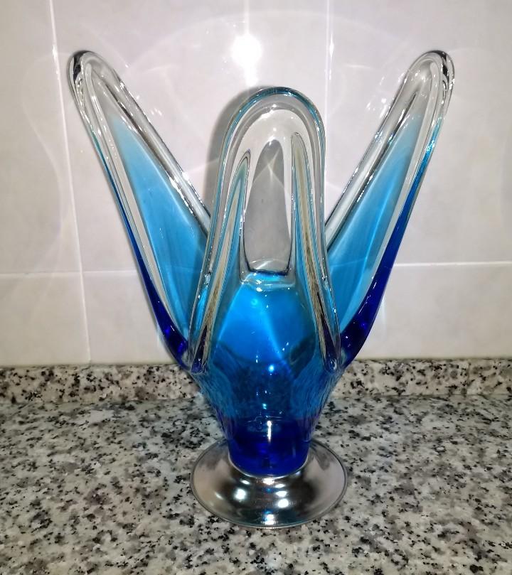 Antigüedades: Jarrón de Tres Brazos al Modo del Cristal de Murano Base de Metal Plateado - Foto 6 - 112817939