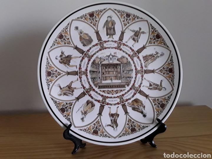 PLATO DE PORCELANA INGLESA WEDGWOOD (Antigüedades - Porcelanas y Cerámicas - Inglesa, Bristol y Otros)