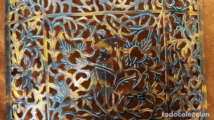Antigüedades: PEINETA. CELULOIDE TALLADO. SIMIL CAREY. ESPAÑA. SIGLO XX. - Foto 6 - 112887807